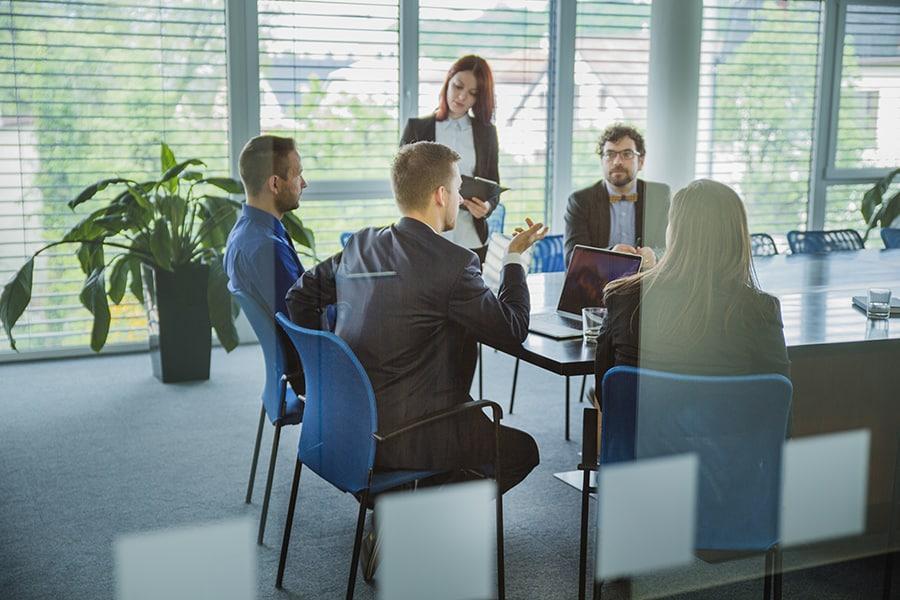 Fotografia empresarial de reunião de equipe